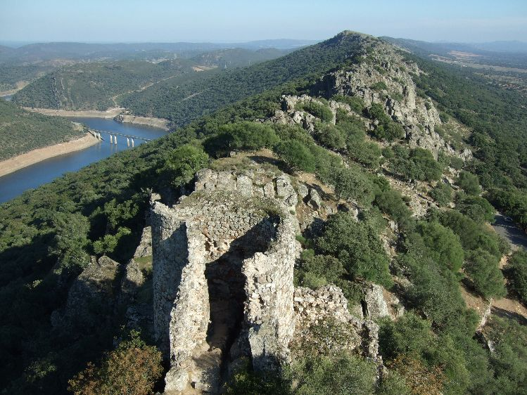 Unidas Podemos denuncia en Monfragüe el impacto del desembalse de Alcántara