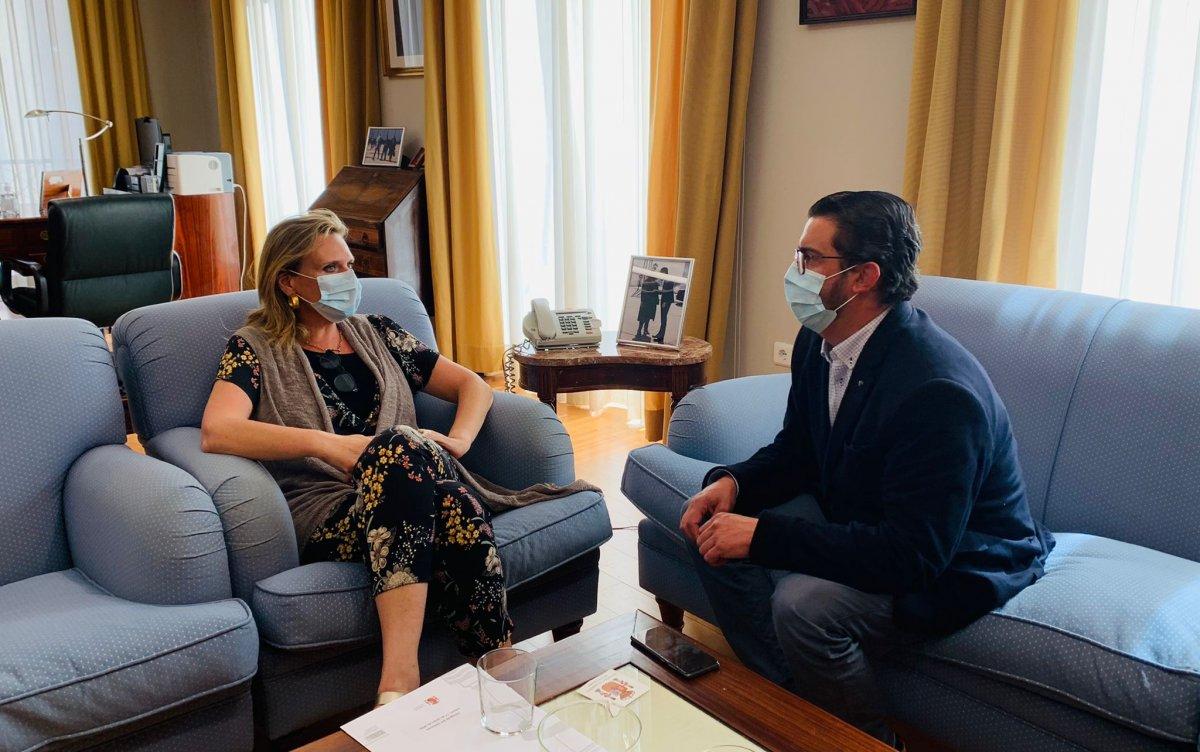 El alcalde de Valencia de Alcántara pide la cesión de las viviendas libres del cuartel de la Guardia Civil