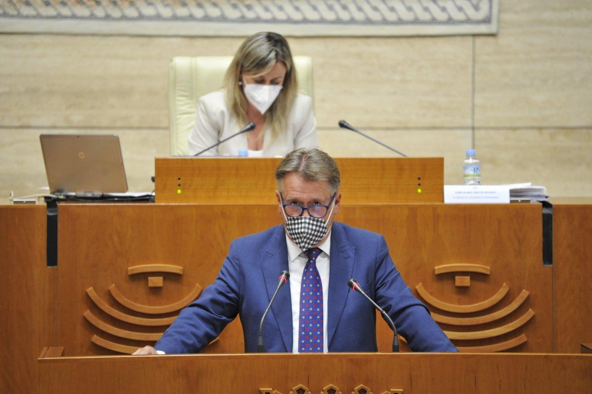 El PSOE vota en contra de la propuesta del PP para rechazar la instalación de los peajes