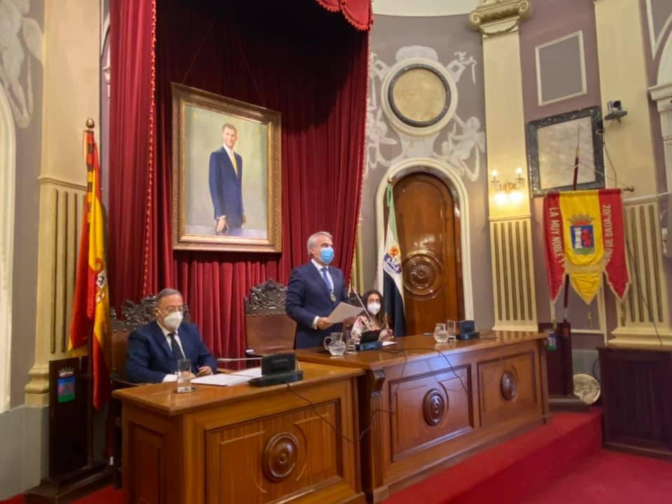 Fragoso deja el Ayuntamiento de Badajoz y renuncia a su acta de concejal del PP