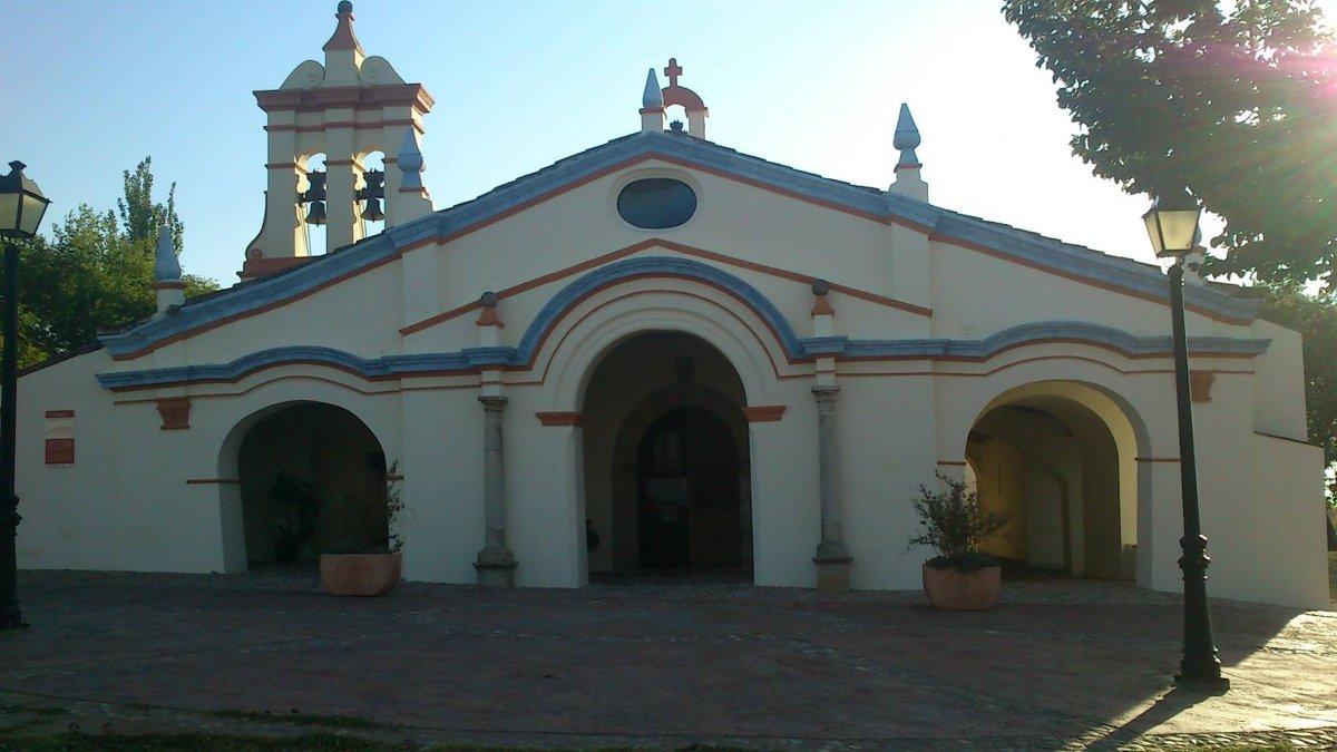 Ser ermitaño en pleno siglo XXI es posible en el santuario de la Virgen de Argeme de Coria