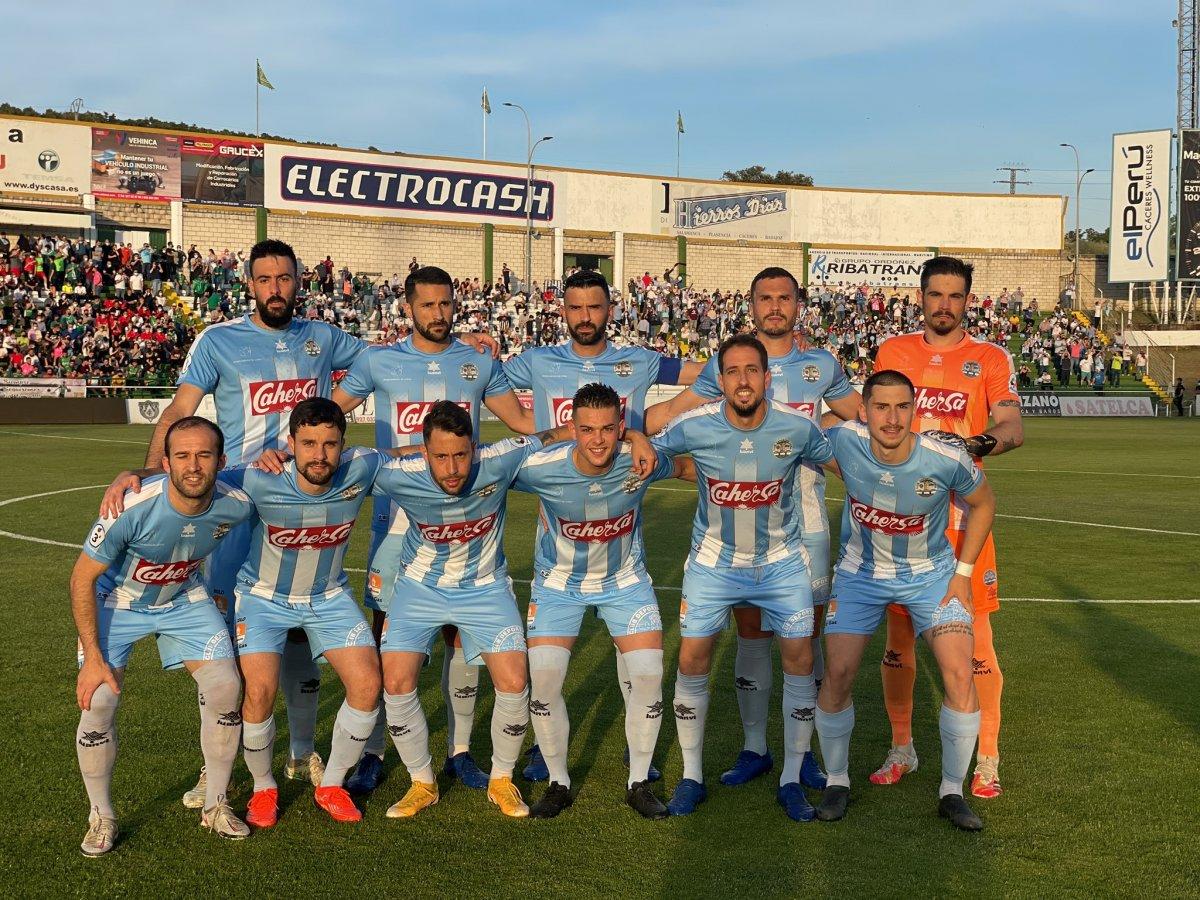 El CD Coria se jugará el ascenso a Segunda División B este sábado contra el Diocesano