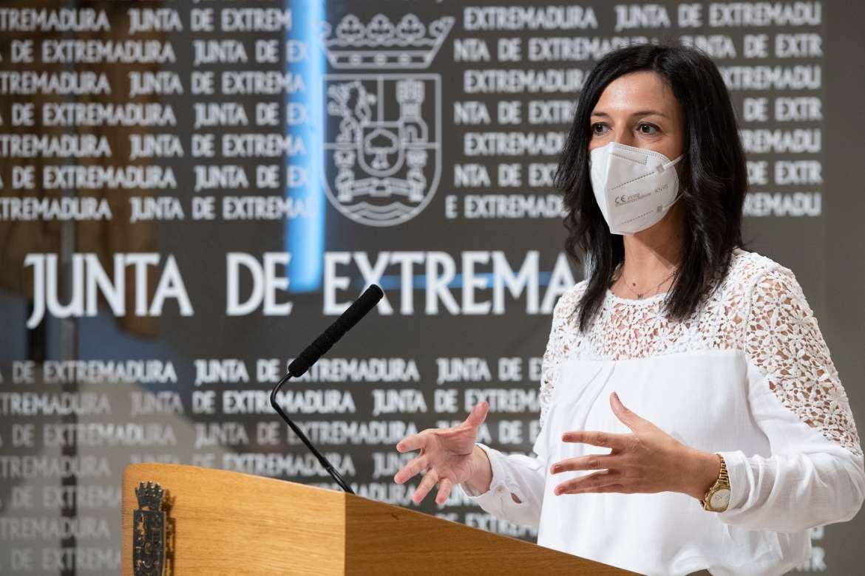 Extremadura tendrá 39 nuevas aulas en 26 pueblos y reforzará con 600 docentes las plantillas