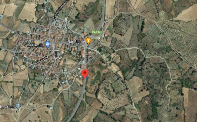 Herido un hombre de 85 años tras volcar su vehículo en las cercanías de Guijo de Coria