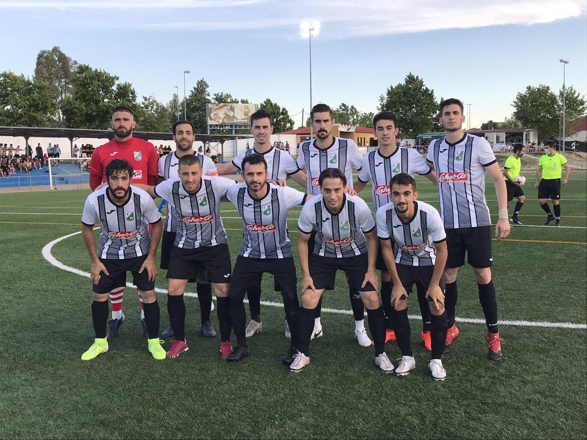 El CP Moraleja, más cerca de la Tercera División tras ganar al Hernán Cortés