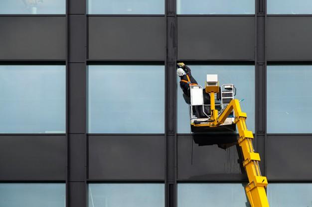 Moraleja se prepara para formar a profesionales en limpieza de edificios y actividades domésticas