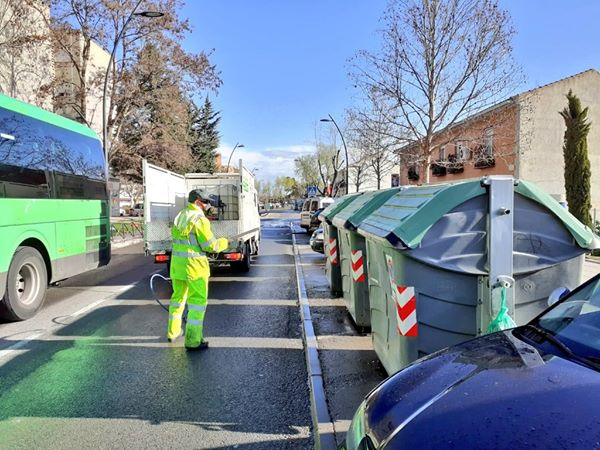 Cáceres intensificará la limpieza viaria y pondrá fin a los recortes del año 2013