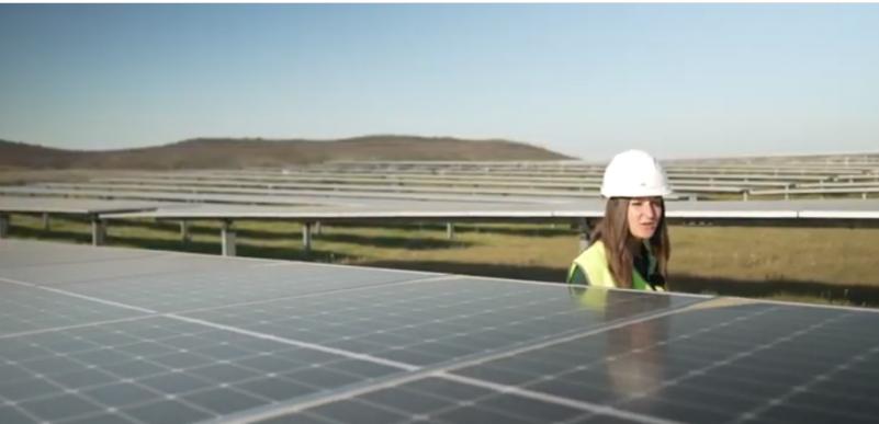 Iberdrola invierte 250 millones de euros en la planta fotovoltaica de Ceclavín
