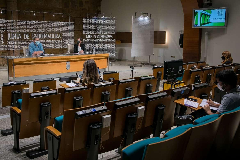 Más de 250 parados podrán beneficiarse de las 13 nuevas lanzaderas de empleo de Extremadura