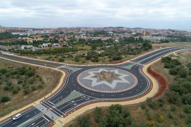 Los vehículos podrán transitar desde este lunes por la  Ronda Sureste de Cáceres