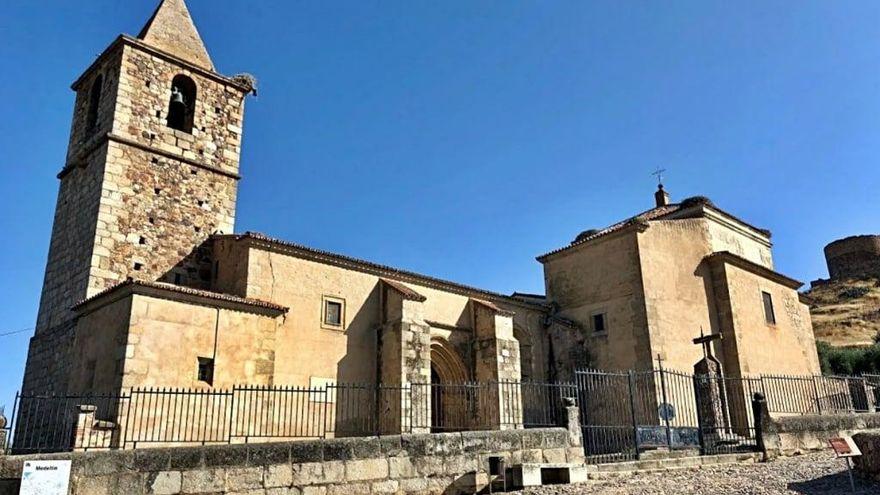 Cultura destina 154.700 euros a la restauración de la Iglesia de San Martín en Medellín
