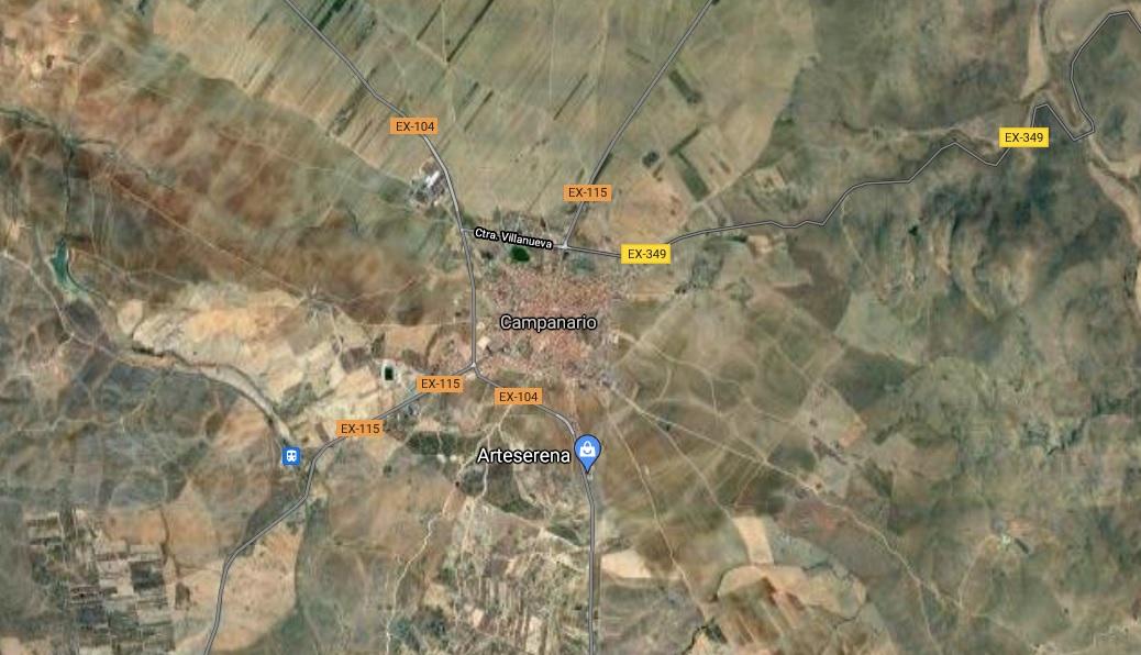 Fallece el conductor de un camión tras chocar contra un poste de luz en Campanario