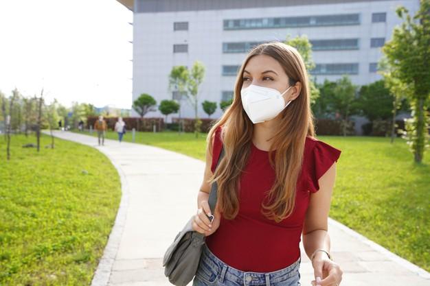 Extremadura comenzará a vacunar en los próximos días a los estudiantes de Erasmus