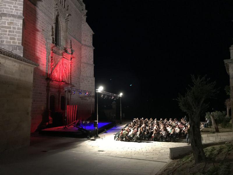 """El Festival de Teatro """"Coria Siéntela"""" devolverá el importe de las entradas a los vecinos de Moraleja y Torrenjoncillo"""