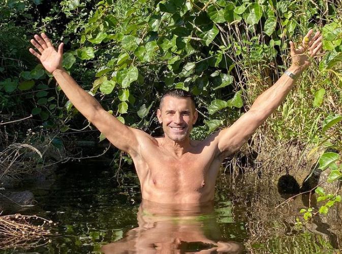 El presentador de televisión Jesús Vázquez vuelve a desconectar unos días en Sierra de Gata