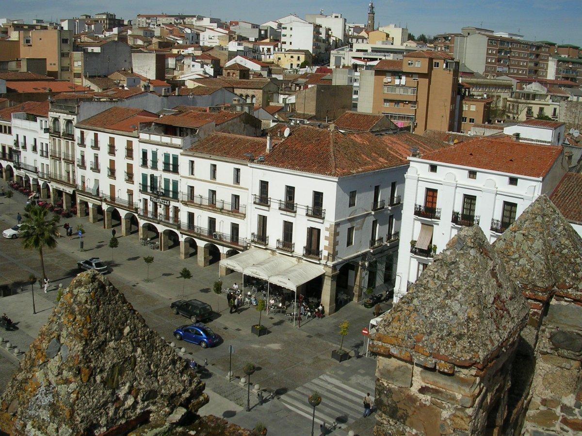 Cáceres alcanzó el puente de octubre cifras de afluencia turística similares a las de Semana Santa