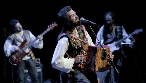 La dulzura de Enredadas y la potencia de BandAdriática cierran la XXV del Festival Folk Internacional de Plasencia