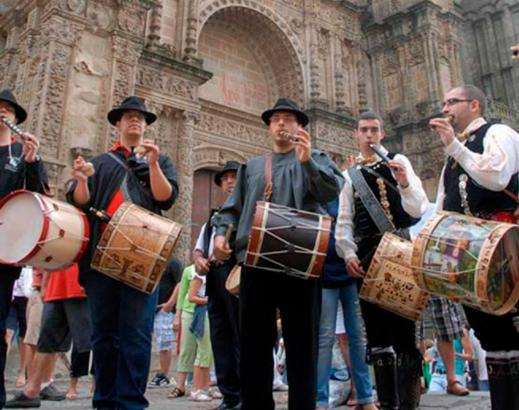 """Plasencia celebra su Martes Mayor """"a medio gas"""" y con la vista puesta en 2022"""