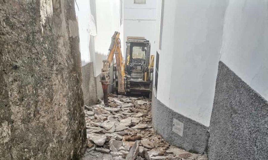 Arrancan las obras para mejorar la accesibilidad del barrio judío de Brozas