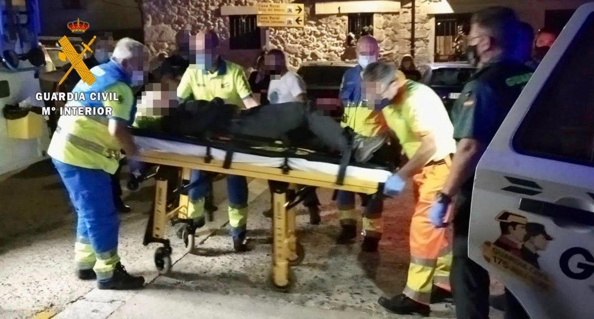 Rescatan a una parapentista accidentada tras caer en un paraje del término municipal de Jarilla