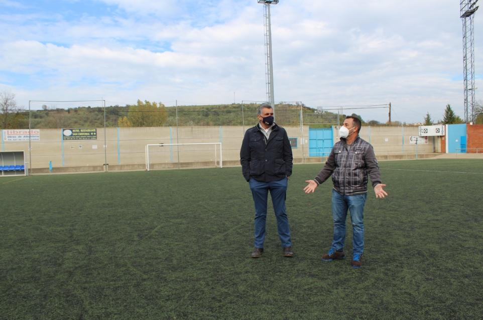Las obras del cambio de césped artificial del campo de fútbol 'César Sánchez' comenzarán este jueves