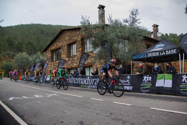 El excorredor nacional Rubén Martín crea el club de ciclismo GR100 de Plasencia