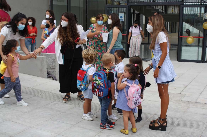 Más de 150 alumnos extremeños no pueden comenzar el curso escolar por la crisis sanitaria