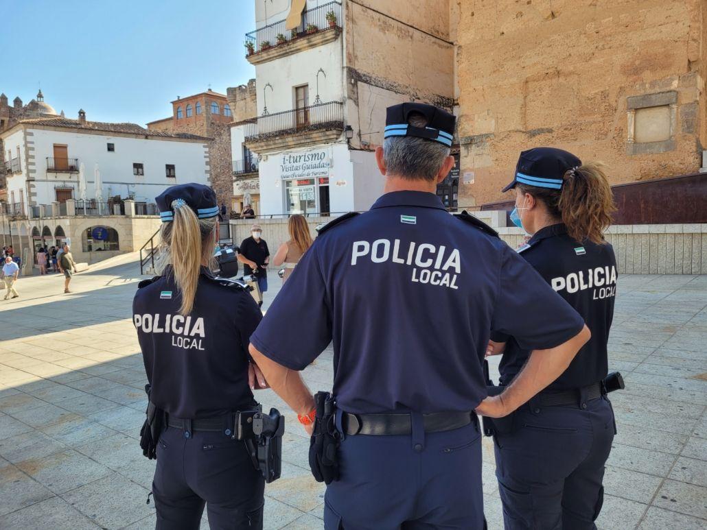 Cáceres formará a los agentes de la Policía Local en casos delitos odio colectivo LGBT