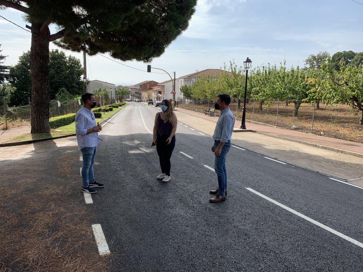La Diputación de Cáceres concluye las obras del arreglo de la carretera de acceso a Robledillo de la Vera