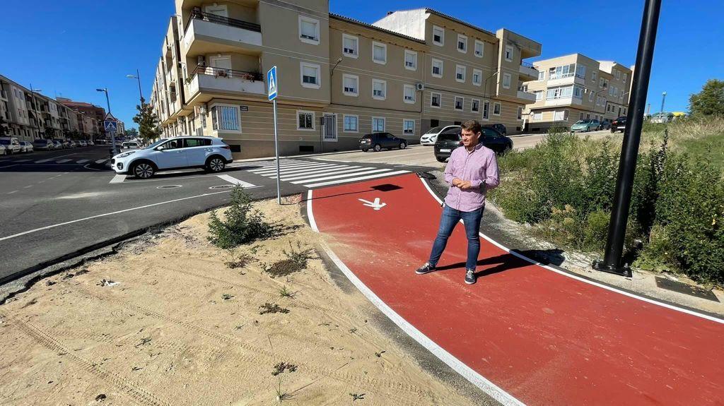 El PSOE de Coria sostiene que la nueva rotonda no contribuirá al desarrollo económico ni urbanístico
