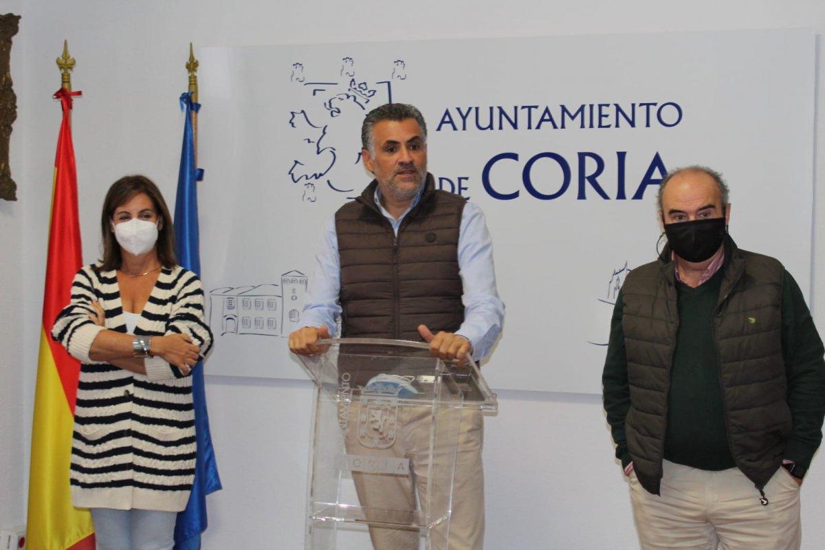 El Ayuntamiento de Coria mantendrá en 2022 medidas para apoyar el sector de la hostelería