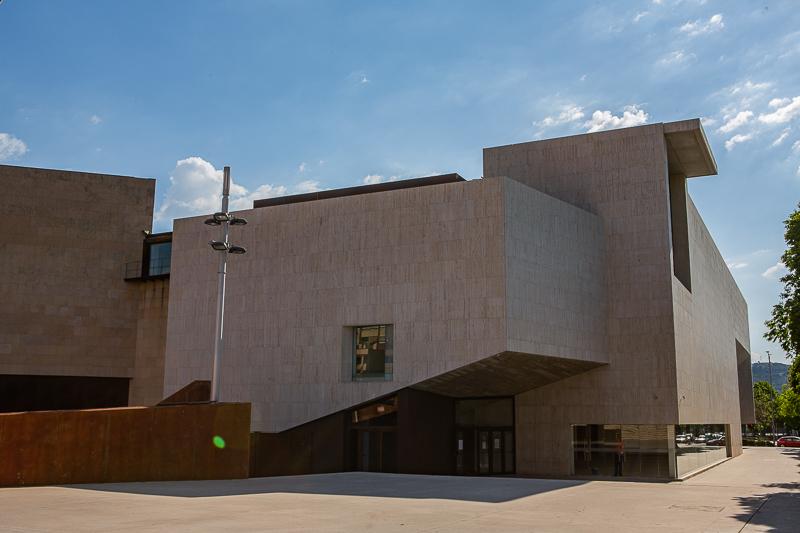 El Palacio de Congresos de Cáceres cerrará el próximo día 29 como vacunódromo